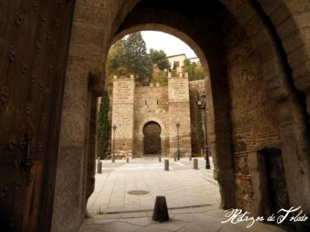 Puerta de Alcántara